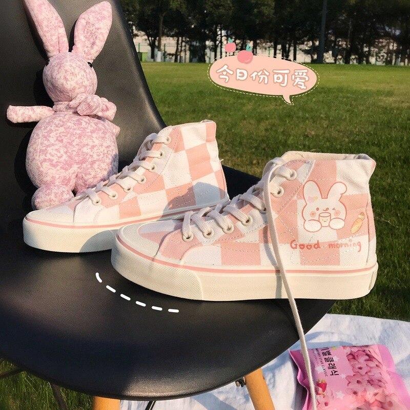 أحذية رياضية نسائية أحذية رياضية أنيمي Kawaii لوليتا قماش الشقق الإناث 2021 جديد عادية تنس كرة السلة فلكنيز الأحذية