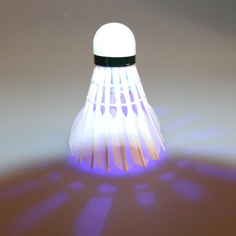Contrato a distribuidores nacionales fabricantes Venta Directa LED luminoso bádminton 3 piezas bola luminosa de Color