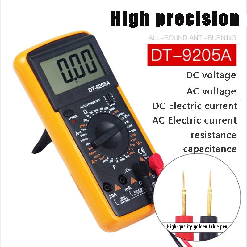 Multímetro digital handheld, medidor universal da elevada precisão, eletricista que testa a tensão da c.c. e o medidor atual