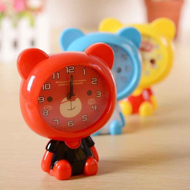 Niños de dibujos animados de alarma con motivo de oso reloj niños...