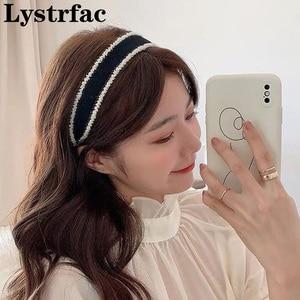 Lystrfac New Autumn Winter Black Beads Hairband for Women Girls Wild Headband Simple Hair Hoop Daily Retro Hair Accessories