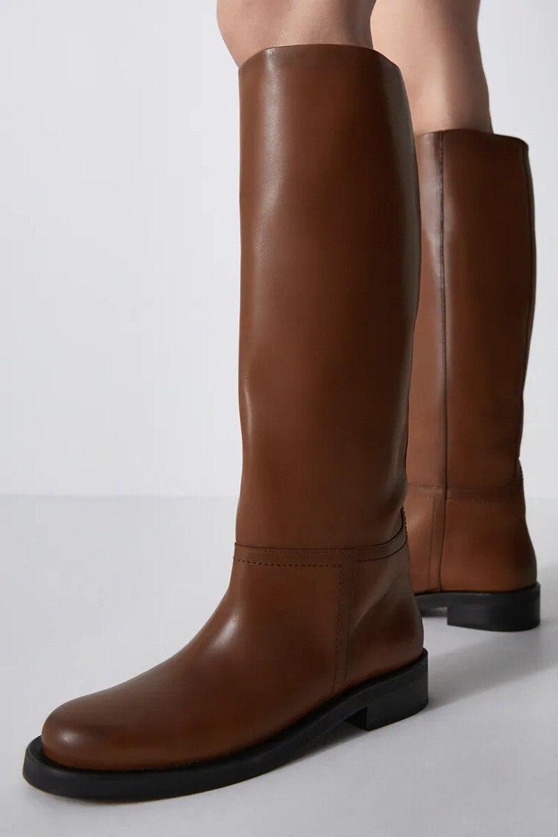 Hot البيع Ins Za النساء حذاء برقبة للركبة ستوكات الأحذية الدافئة الصلبة سميكة عالية الكعب دراجة نارية الأحذية فاسق الأحذية امرأة عالية الأحذية
