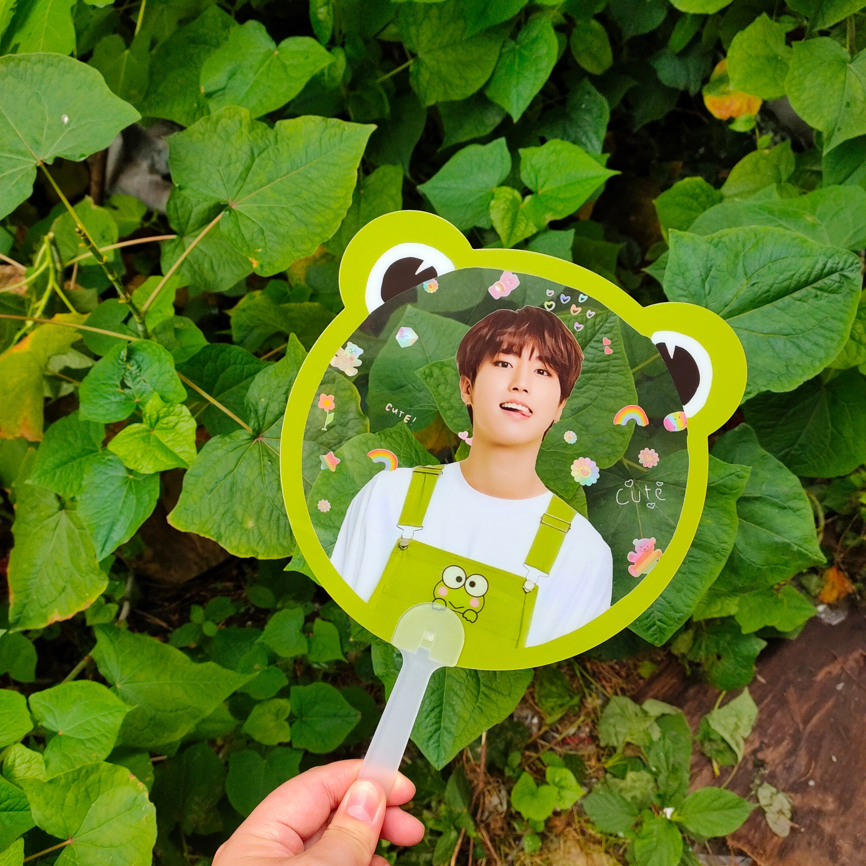 10 piezas de abanicos de plástico transparente con impresión personalizada respetuosos con el medio ambiente de la estrella Kpop Corea ventilador de mano jonghyun Johnny Haechan V