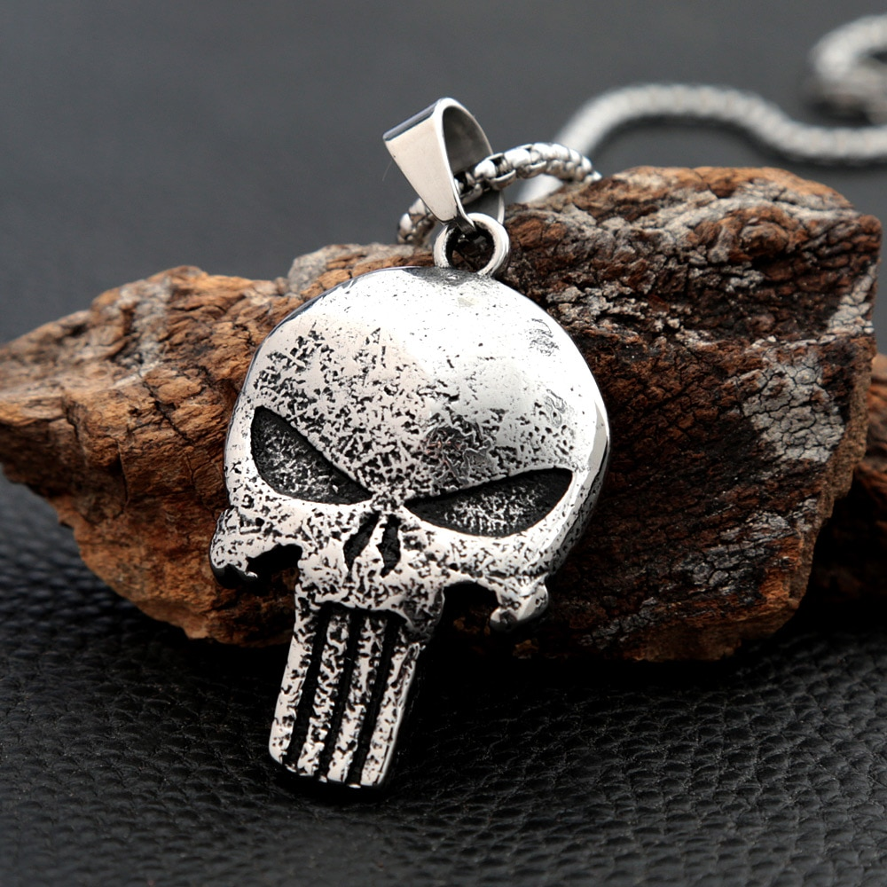 Retro Punisher Skull Pendant Necklace Stainless Steel Frank Castle Skull Necklace for Men Women Punk Hip Hop Jewelry Accessories vintage 316l stainless steel skull skeleton necklace pendant for motorcycle party punk gem necklace hip hop men jewelry