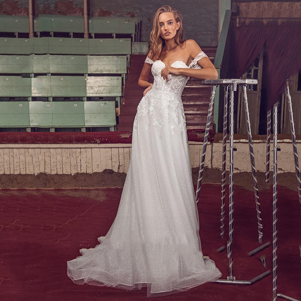 Review A-Line Sweetheart Tulle Wedding Dress Sleeveless Appliques Zipper Back Sweep Train Bridal Gowns 2021 Vestido De Noiva