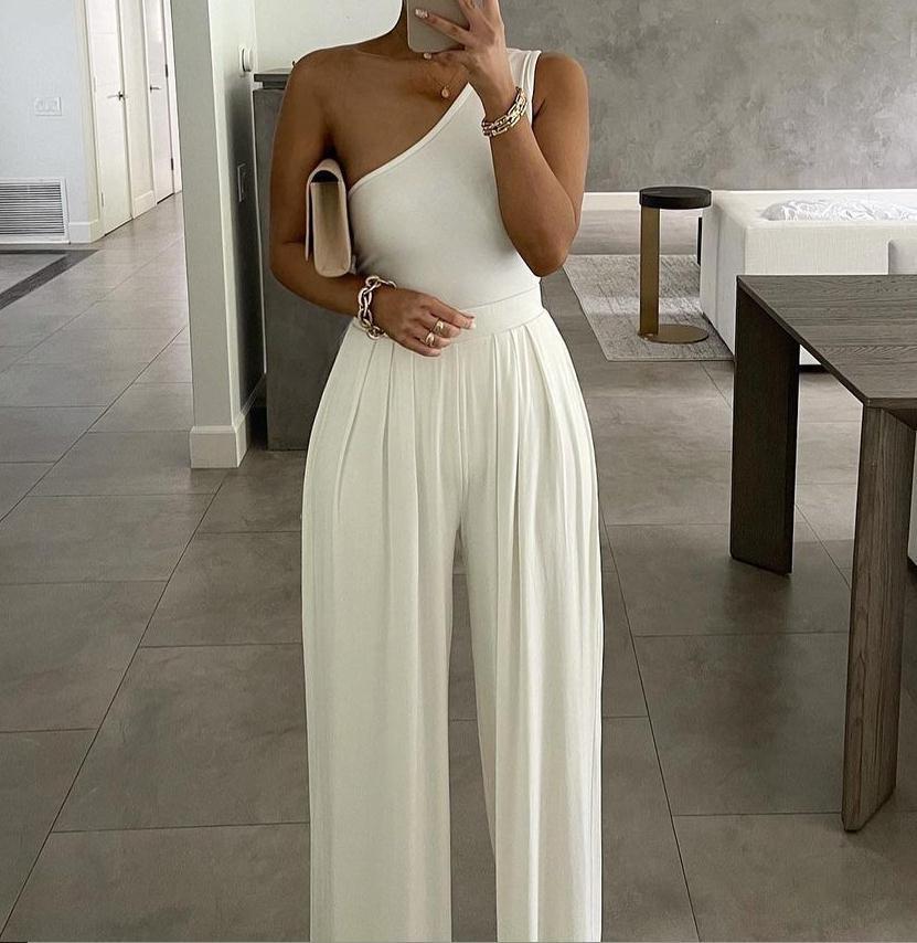 2021 Europe and America Concise Sexy Elegant One-shoulder Pure Color Asymmetric Comfortable Jumpsuit Elegant Woman Jumpsuit