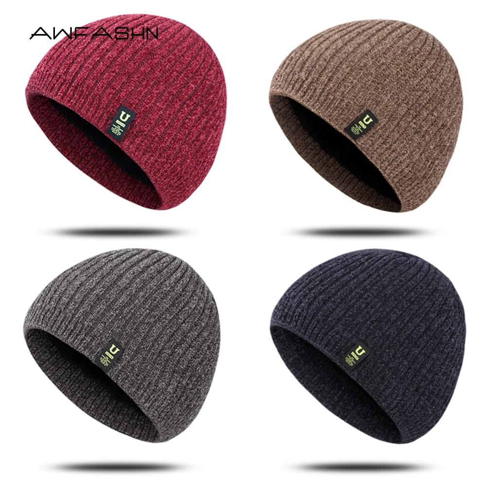 Chapéu de malha de outono/inverno quente skullies bonnet chapéus para mulher casual macio e confortável bonés unissex couro rótulo beanies masculino