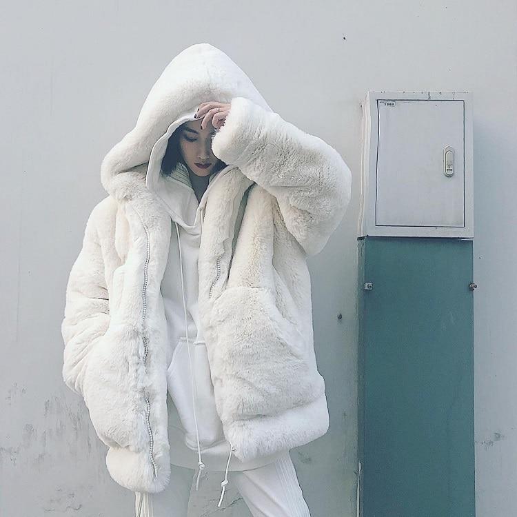 فضفاض المقلية الشارع lamb أفخم معطف الفرو الإناث الشباب الشتاء لطيف هوديي تقليد ريكس الأرنب طويلة سميكة الدافئة.