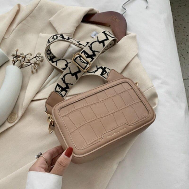 2021 Luxury Design Fashion Bag Crocodile Pattern Stone Grain PU Leather Camera Bag Flap Cross body Shoulder Bag For Fashion  - buy with discount
