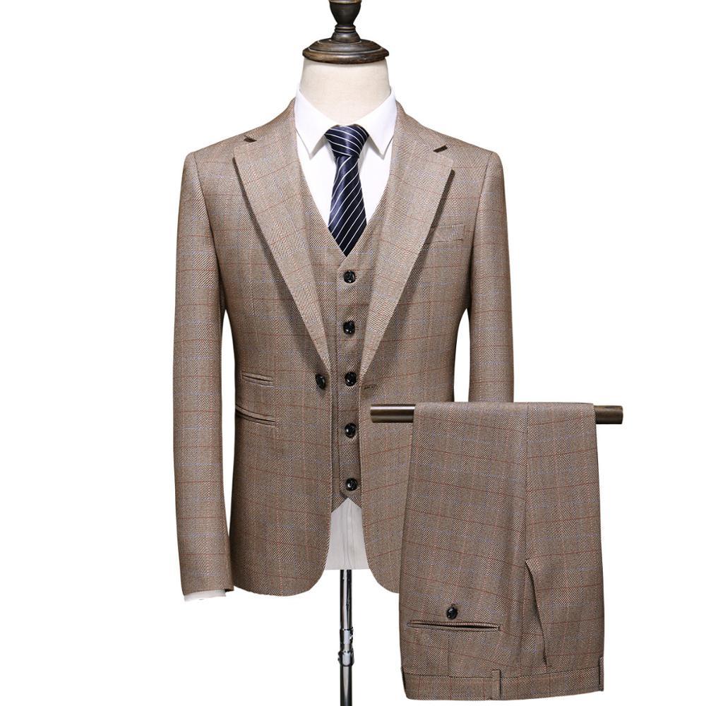 Estilo británico de los hombres de moda Casual chaqueta caqui de tres piezas para hombre Banquete de noche vestido de fiesta conjunto de traje de cantante traje de escenario