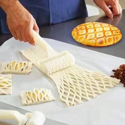 1 pçs plástico pizza cookie cortador puxar net roda faca assar guerra de gravação massa rolo treliça cortador artesanato cozinha acessório