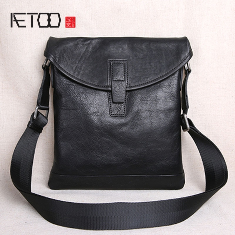aetoo the first layer of leather 2017 new korean version of the small handbag female hard section leather black wild fashion kel AETOO The first layer of leather ultra-thin men's casual small shoulder bag shoulder bag men's leather Messenger bag new men's