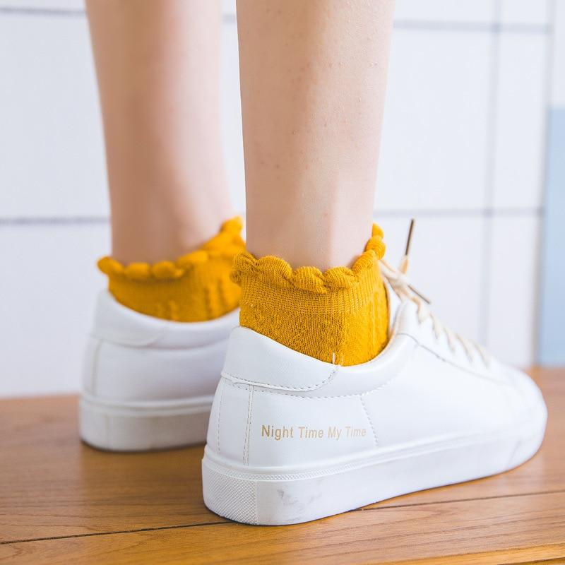 Modernos calcetines de encaje con volantes de algodón suave para mujer, calcetines bonitos de primera calidad para primavera y verano, calcetines adorables con volantes de dulce princesa