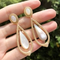 funmode high quality shell material long pendant drop earrings for women party accessories wholesale pendientes mujer fe78
