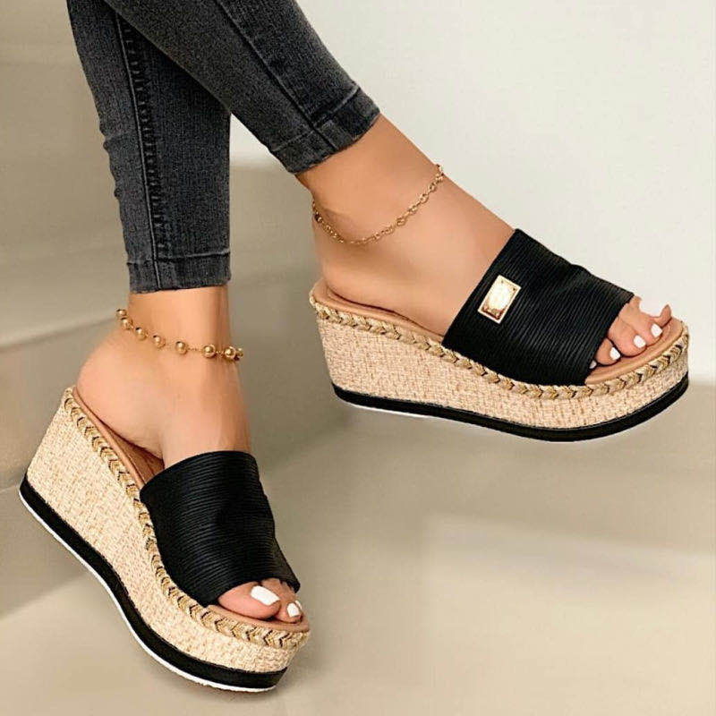 Plus size slippers women 2020 summer plus wedges fashion sandals and casual outdoor 35-43