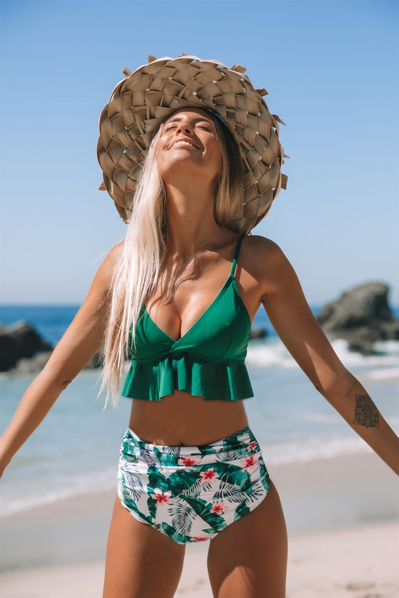 swimwear women patchwork swimsuit one piece halter backless sexy hollow out one piece swimsuit bathing suits Green Floral One-Piece Swimsuit Women Sexy Halter Monokini Bathing Suits 2021 New Girls Beach Bathing Suit Swimwear