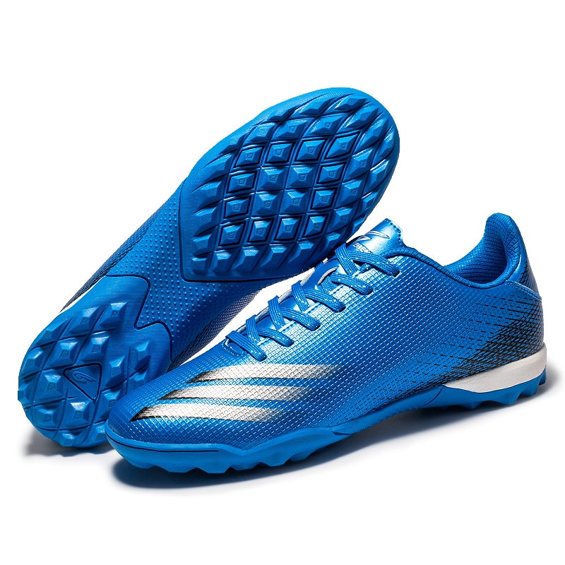 2021 Latest Couple Football Shoes Training Rugby Shoes Non-Slip Wear-Resistant Comfortable Outdoor Sports Shoes 30-40 Size