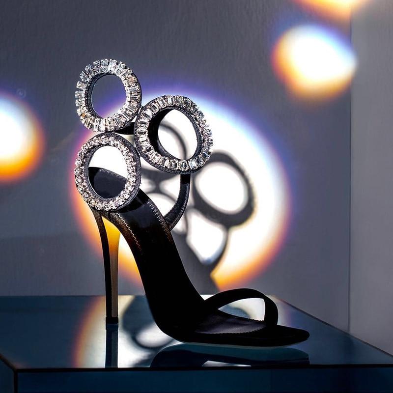 حذاء نسائي دائري بإبزيم زجاجي ، صندل صيفي ، أحجار الراين ، كعب عالي ، أحذية حفلات الزفاف