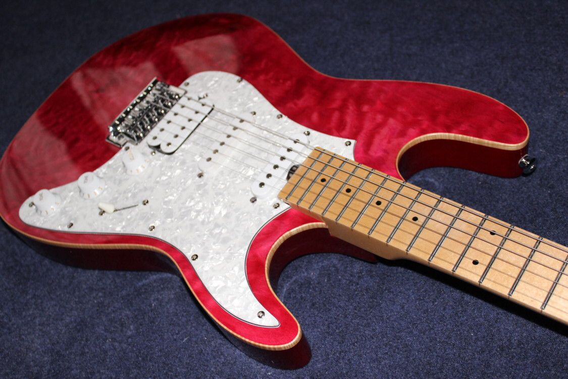 Custom shop,electric guitar.red color flame maple top gitaar,handmade 6 stings guitarra,maple fingerboard. enlarge