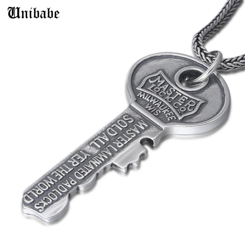 LLavero de plata pura colgante S925 plata esterlina letra joyas colgante llave regalo
