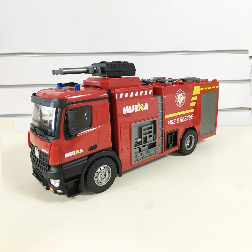HUINA 1:14 RC Fire Truck Tractor Model Engineering Car with Working Water Pump Shoots and Squirts Water 22 Channels RC Truck Toy enlarge