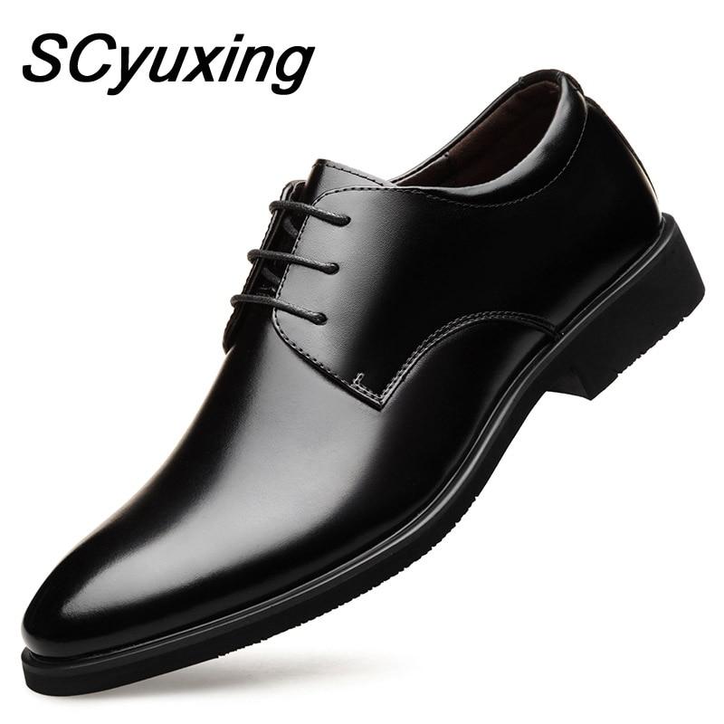 2021 رجل بقرة أحذية من الجلد المطاط وحيد حجم إضافي 47 رجل مكتب الأعمال فستان جلد مسطح رجل انقسام الجلود أحذية الزفاف