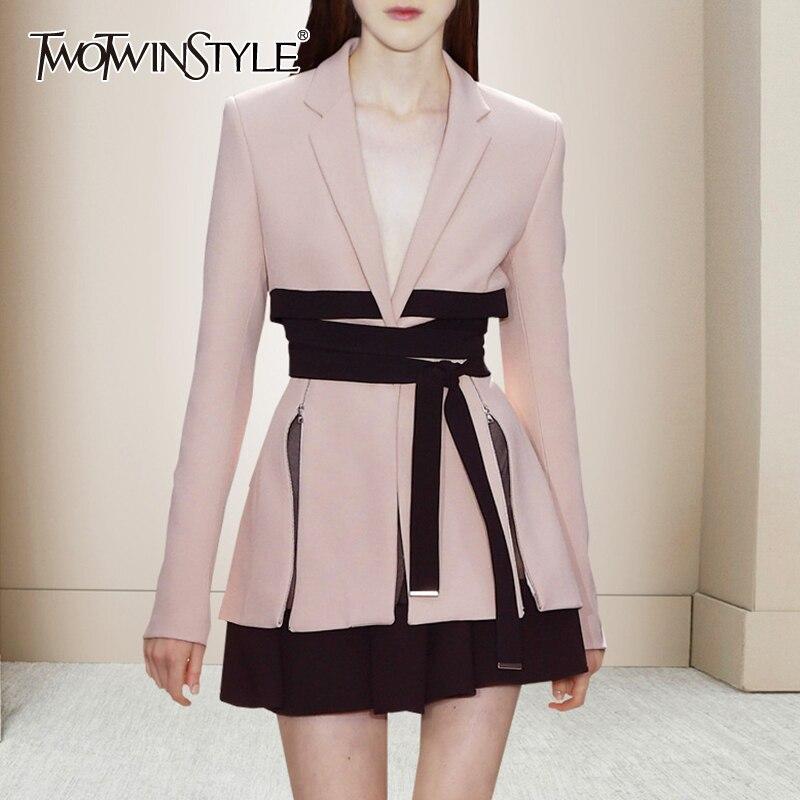 TWOTWINSTYLE مجموعة قطعتين وردية اللون للنساء محززة طويلة الاكمام مع سترة عالية الخصر تنورة صغيرة تناسب النساء النحيلات 2021 جديد