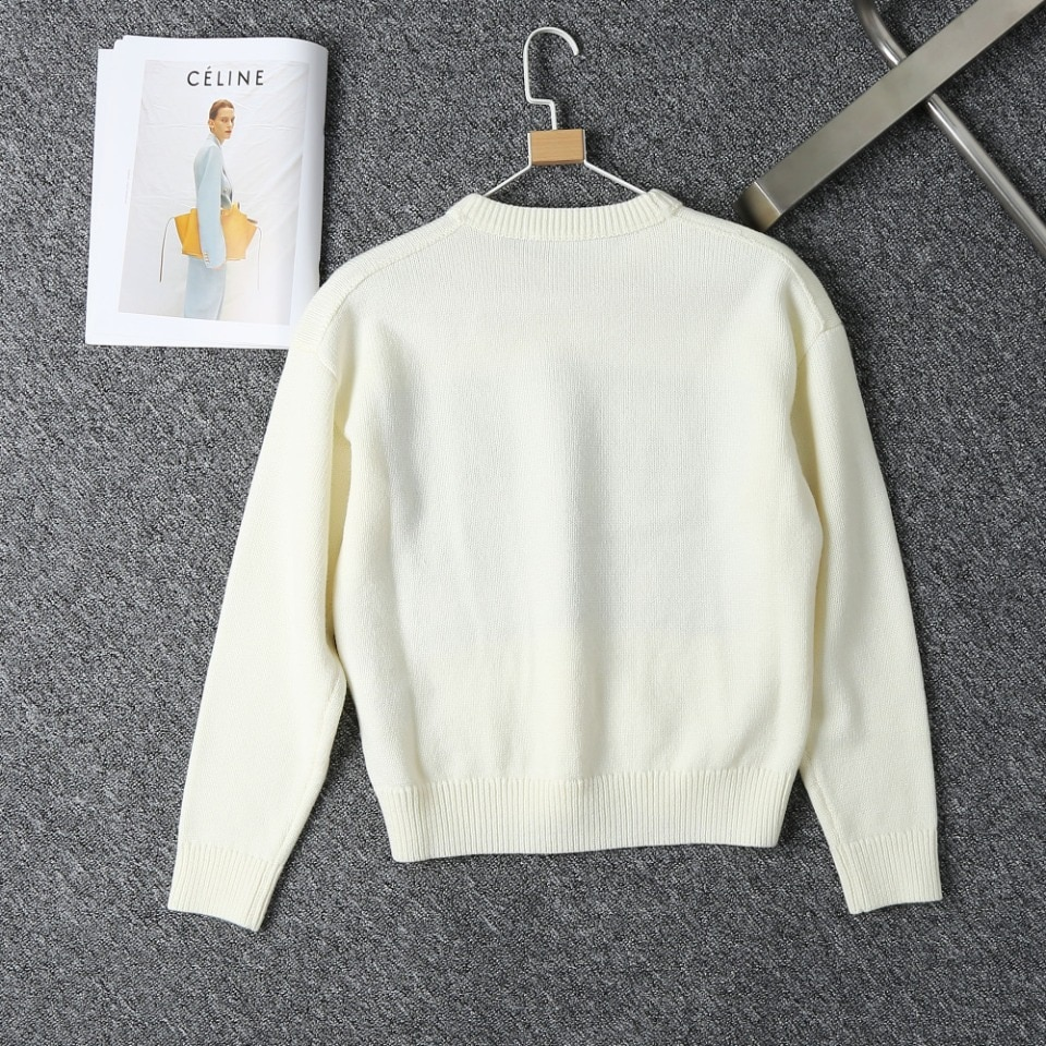 2021 Autumn And Winter Women's New Beige Letter Jacquard Knitted Sweater Round Neck Long-Sleeved Loose Knit Women's Sweater enlarge