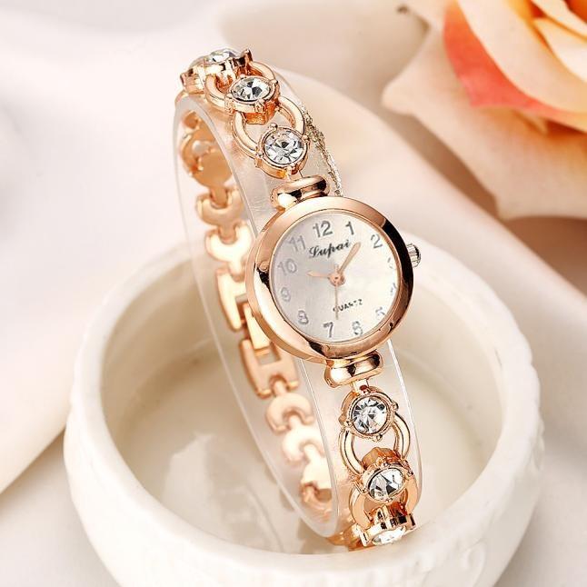 montre Ladies Watches Fashion Luxury Diamond Quartz Wristwatches For Women Wrist Guaranteed Montre Femme 2021 De Marque Montre Fille