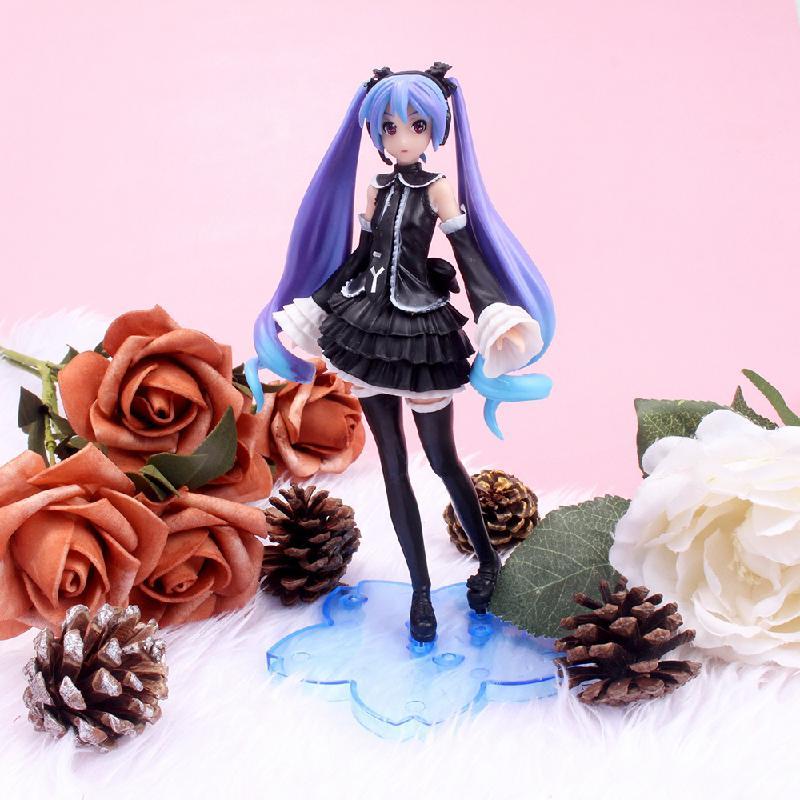 figuras-de-accion-de-sakura-para-ninos-modelo-de-figuras-de-accion-de-pvc-de-17cm-ropa-negra-de-anime-japones-pelo-morado-regalos-de-decoracion-de-escritorio