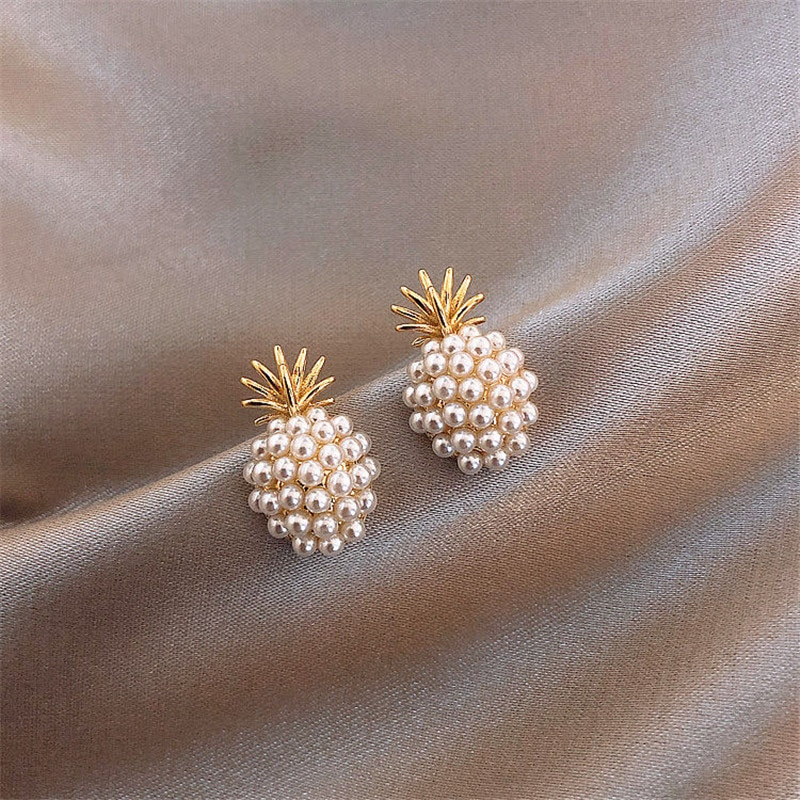 Pendientes de perlas de piña, 2020 nuevo sentimiento sénior francés restaurar maneras antiguas de pendientes celebridad web temperamento pendientes