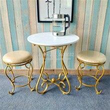 Tavolino da salotto rotondo in ferro europeo con tavolino da salotto per soggiorno semplice comodino balcone Ins tavolo da tè in legno scrivania