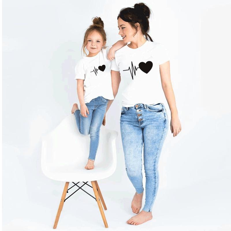 2020 летняя семейная Одинаковая одежда, милая семейная одежда для мамы и дочери, одежда для мамы и ребенка, одежда для маленьких девочек и маль...