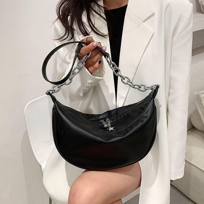 High-quality Ladies Lightweight Dumpling Bag 2021 Summer New Korean Fashion Trendy Retro Net Red Shoulder Messenger