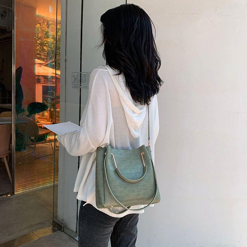 Ansloth Crocodile Pattern Bucket Bag Women Bag Fashion Handle Bag Ladies Mini Shoulder Bag Female Alligator Crossbody Bag HPS830