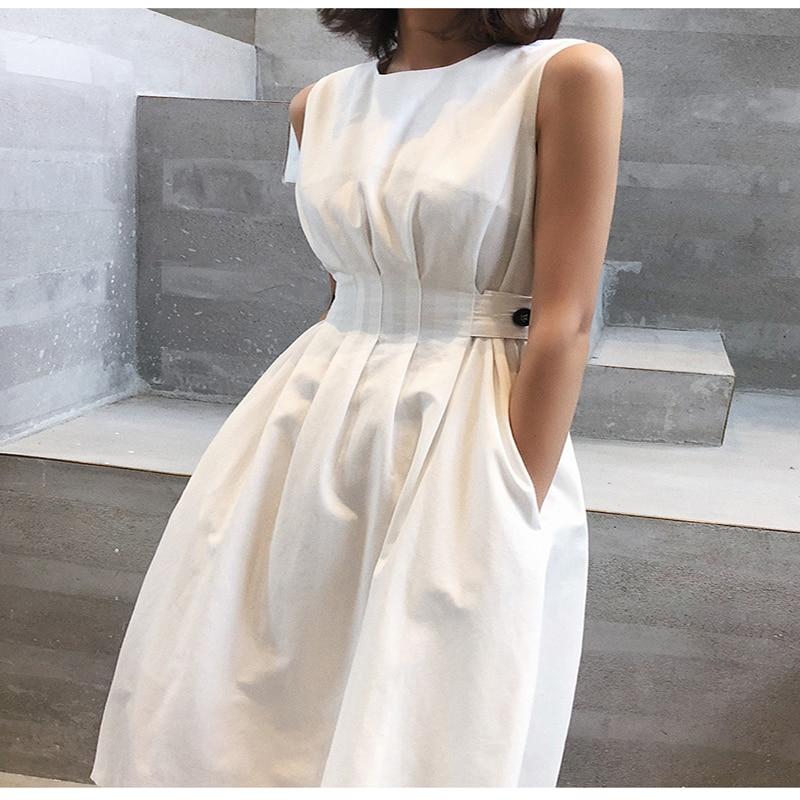 فستان صيف 2021 للسيدات بلون أبيض وأسود أنيق غير رسمي للحفلات برقبة دائرية بدون أكمام فستان صيفي للسيدات