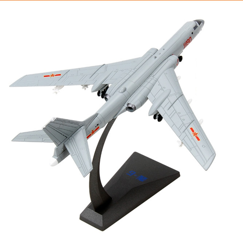 1/144 Scale Alloy Strategic Bomber Chinese Air Force H6K Aircraft Model Fighter Toys Children Kids Gift for Collection