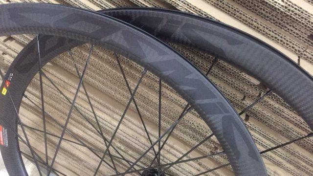 Ruedas de bicicleta de carbono cosmic, ruedas de disco de 38mm, ruedas de carbono de bicicleta de sarga 3k, cubiertas de 700cm, ruedas de bicicleta taiwan, 142x12mm, en stock