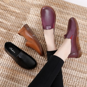 ZIMNAFR 2020 Spring Women Flats Handmade Genuine Leather Mom loafers Shoes Non-slip Soft Bottom Casual Shoes Plus Size 35-41
