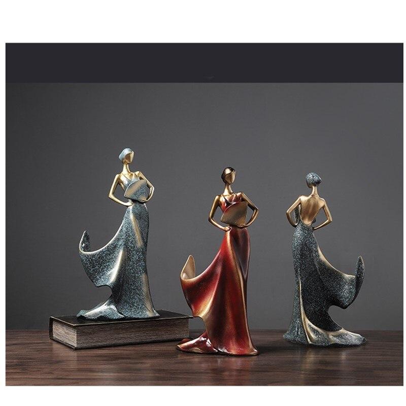 Modelo de colección de figuras de acción de resina de estante de vino rojo creativo artesanal moderno estilo americano y europeo del Norte B145