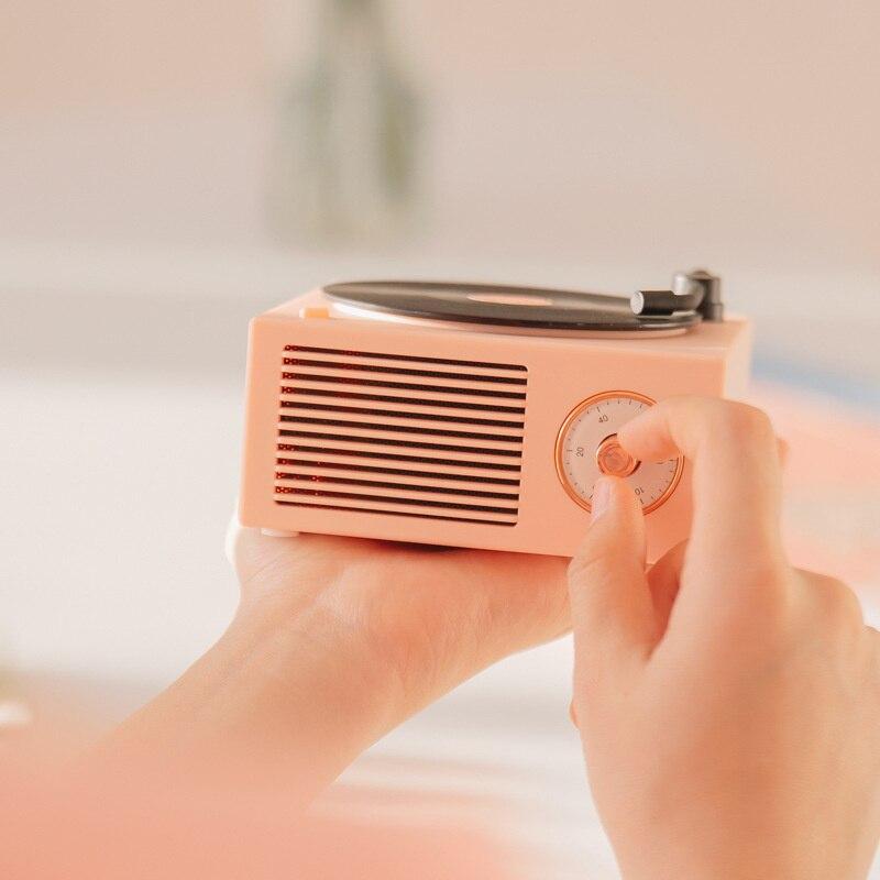 Vinyl record player Portable Bluetooth speaker wireless mini Stereo portable small steel gun multi-function vinyl record speaker enlarge