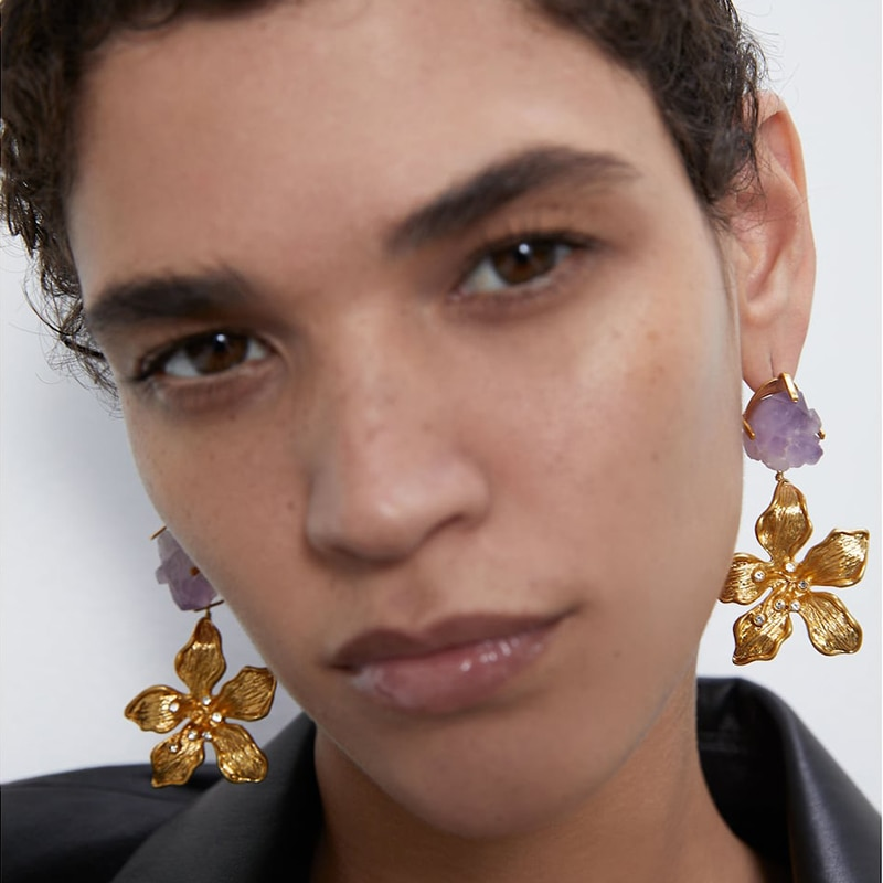 2020 Europe New Vintage Gold Color Metal Flower Long Drop Earrings For Women Fashion Personality Statement Oorbellen Oorbellen