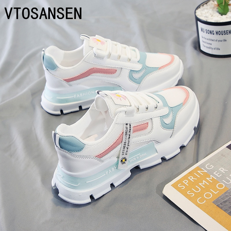 Filas للنساء تنفس Air Maxs احذية الجري خفيف الوزن أبيض أحذية رياضية مقاس سميك سوليد رياضي حذاء نسائي كاجوال 2021
