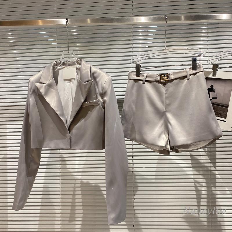 قطعتين مجموعات المرأة 2021 الخريف جديد أنيق الساتان معطف قصير حزام السراويل سيدة ملابس خارجية بلون الإناث