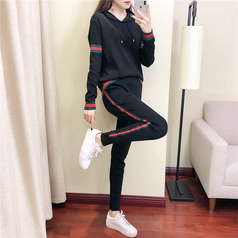 Spring and Autumn Leisure Sports Suit Women's Spring 2021new Fashionable Stylish European Goods Knitted Two-Piece Sportswear  - buy with discount