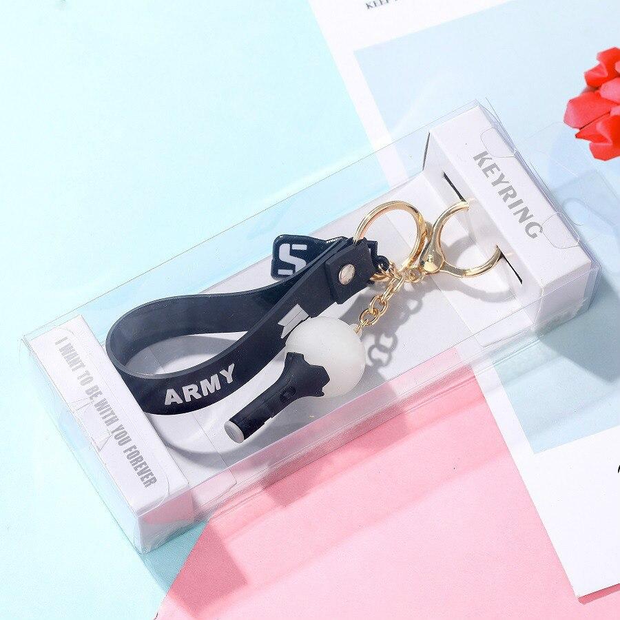 Kpop Bangtan llaveros de niño de color rosa negro dos veces NCT GOT7, luz colgante, llavero con anilla, caja de gran calidad, suministros de kpop bangtan