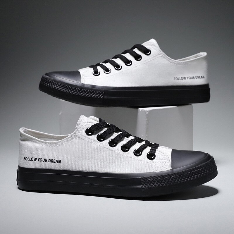 New Men Lace-Up Canvas Shoes Fashion Solid Color Men Vulcanized Shoes Lace-up Casual White Shoes Men Sneakers casual lace up color splice skate shoes