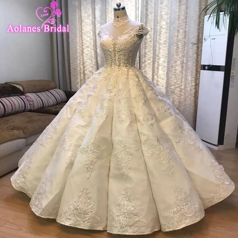 2019 New Luxury Dubai Lace Wedding Dresses Sparkle Beaded Crystal Lace Bridal Gowns Arabic Illusion Back  Vestido De Noiva