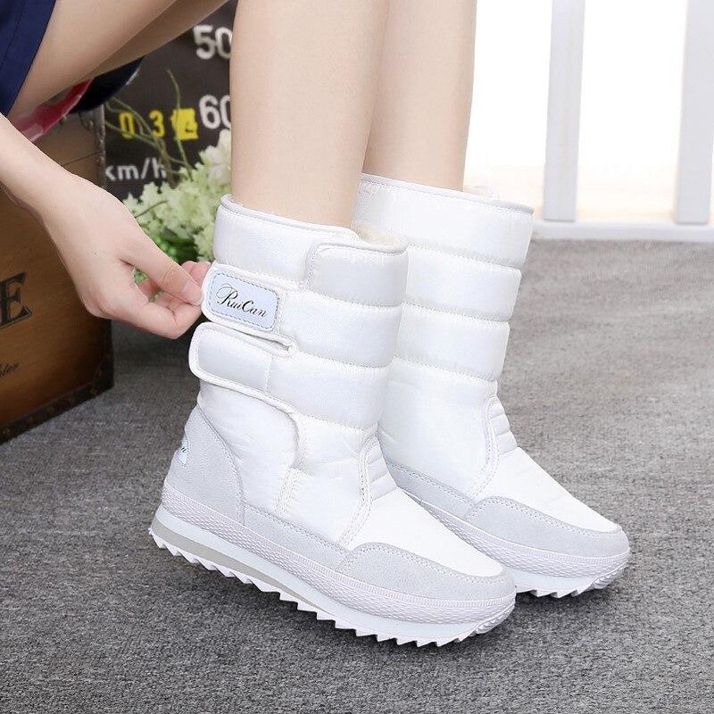 Botas de Neve Meados de Bezerro Botas de Inverno Dedo do pé Sapatos de Pelúcia Zapatos de Mujer Sapatos Femininos Hook Loop Feminino Redondo Sólido Quente Mulher 2021 &