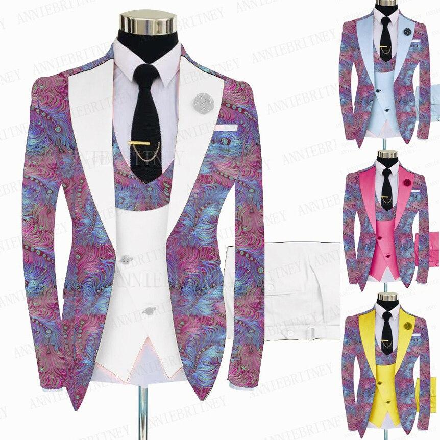 موضة 2021 بدلة رجالية مطبوعة بالورود الوردية 3 قطعة بدلة سهرة مصممة خصيصًا لحفلات الزفاف بدلة سهرة ضيقة بدلة للحفلات الراقصة سترة بيضاء